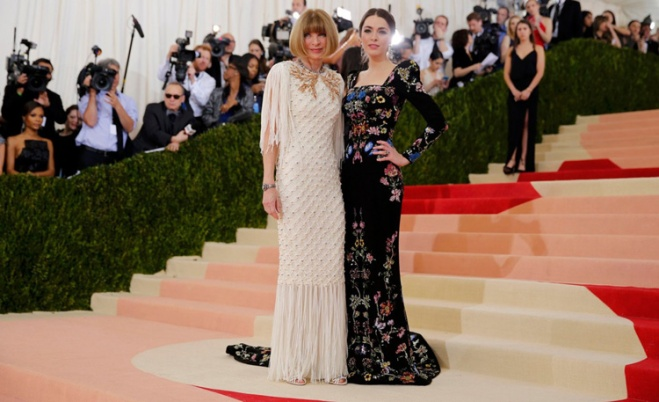 2016-Anna-Wintour-Bee-Shaffer